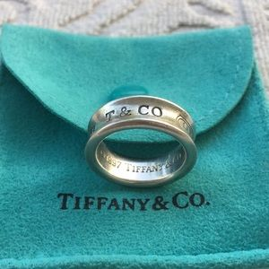 TIFFANY & COMPANY 1837 STERLING SILVER BAND RING